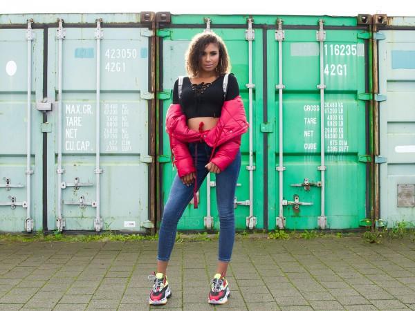 Trendy Jeans mit abnehmbarer Gürteltasche